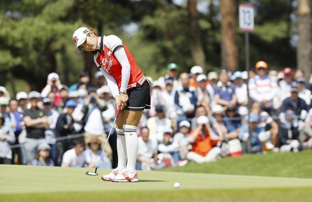 画像: ボールが止まるまでよ〜く見よう! パットの距離感は「情報収集」で養える【入っちゃう!パットの法則 #11】 - みんなのゴルフダイジェスト