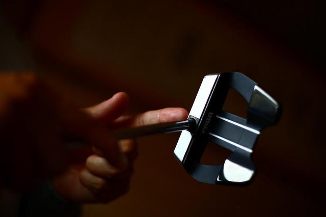 画像: 形状と素材の比重差で慣性モーメントを大きく構えやすさと直進性を出した