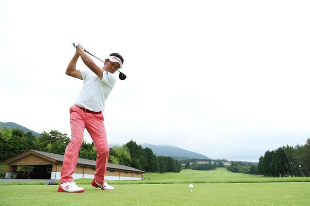 画像: スムーズに体重移動ができる軸【芹澤流ならスウィングが変わるvol.3】 - みんなのゴルフダイジェスト