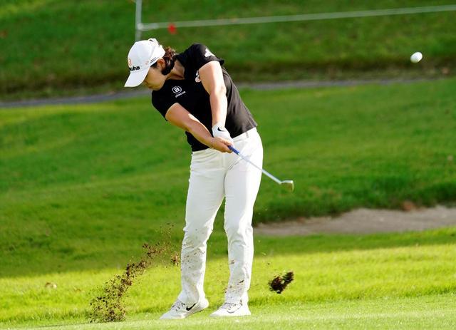 画像: 持ち球のフェードはピン位置によって曲がり幅をコントロールできるほどの精度を誇る