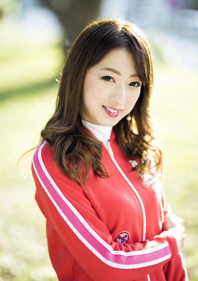 画像: 「ゴルフ以外の趣味は、カフェ巡りや歌舞伎の観劇です」。
