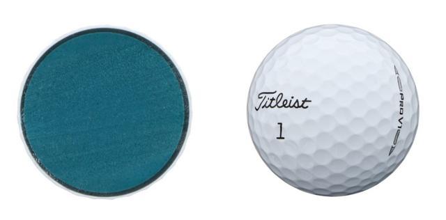 画像: 糸巻ボールからソリッドボールにへと進化したことで均一性にも優れている(写真はタイトリスト「プロV1」)