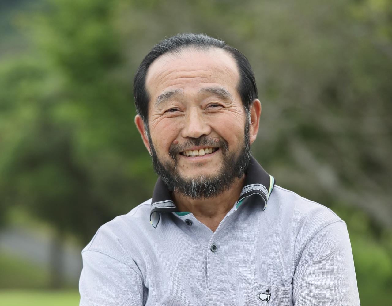 画像: テンフィンガーで握り活躍する時松隆光などを指導した篠塚武久
