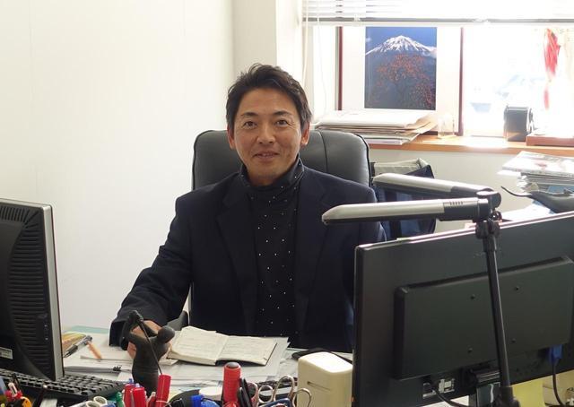 画像: 日本獣医生命科学大学で動作解析を研究する濱部浩一教授がパットが入る新セオリーを発見