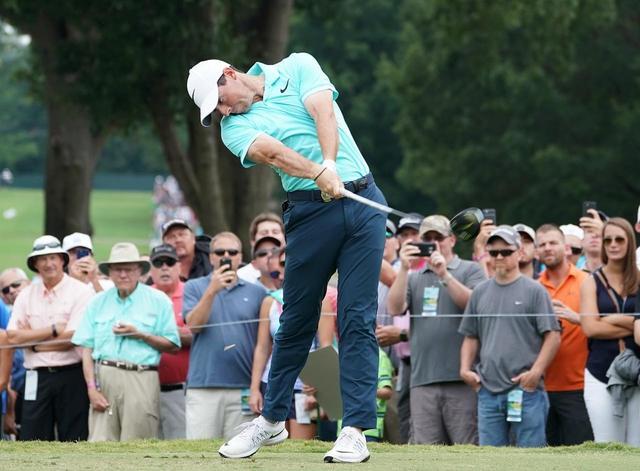 画像: PGAツアーでナンバー1の平均飛距離を誇るマキロイ(写真:2017年全米プロゴルフ選手権)