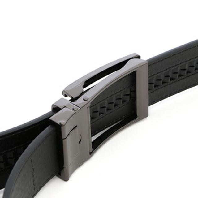 画像: 6mm間隔で調整できるオートロック式。カチカチ止めて、ワンタッチで取り外し可能