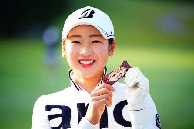 画像: 「ボギーを打ったらチョコを食べます」という松田鈴英