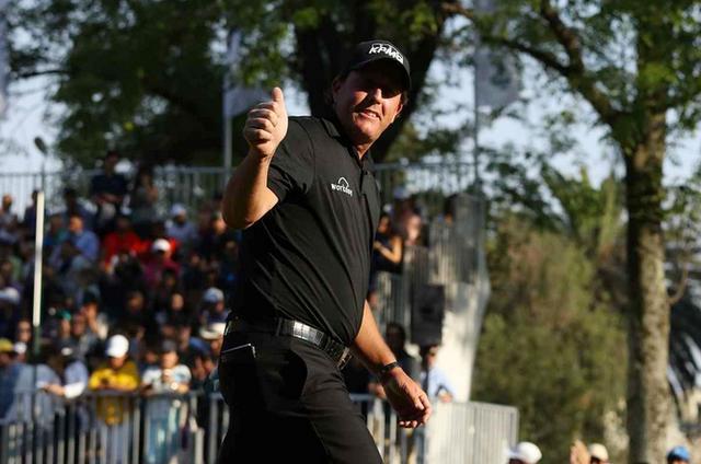 画像: 2013年全英オープン以来の栄冠を手にしたフィル・ミケルソン(写真:2018年WGCメキシコ選手権)