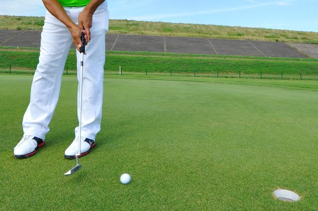 画像: ゴルフは一つのホールに500近くの動作を含んでいる。一つ一つ無駄を削れば自然とプレーファストになるのだ