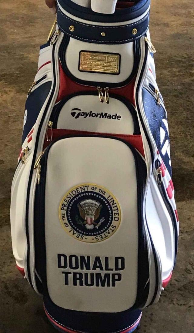 画像: 全米オープンに出場した選手用の特別モデル。大統領公式印とトランプ大統領の名前が入っている