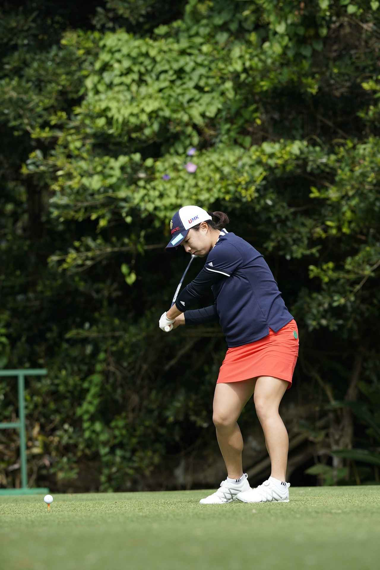 Images : 永峰咲希のドライバー連続写真