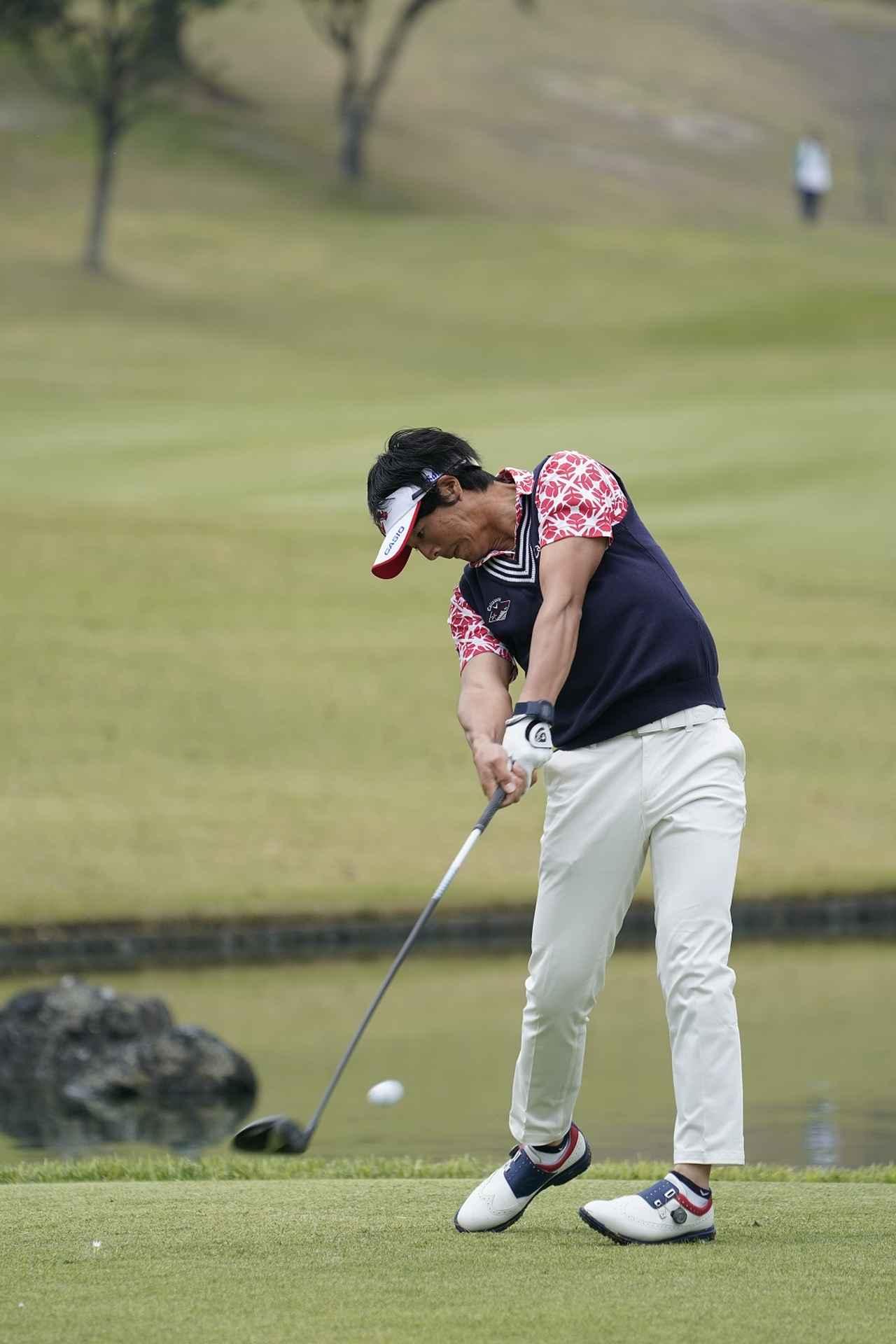 Images : 11番目の画像 - 石川遼ドライバー前方連続写真 - みんなのゴルフダイジェスト
