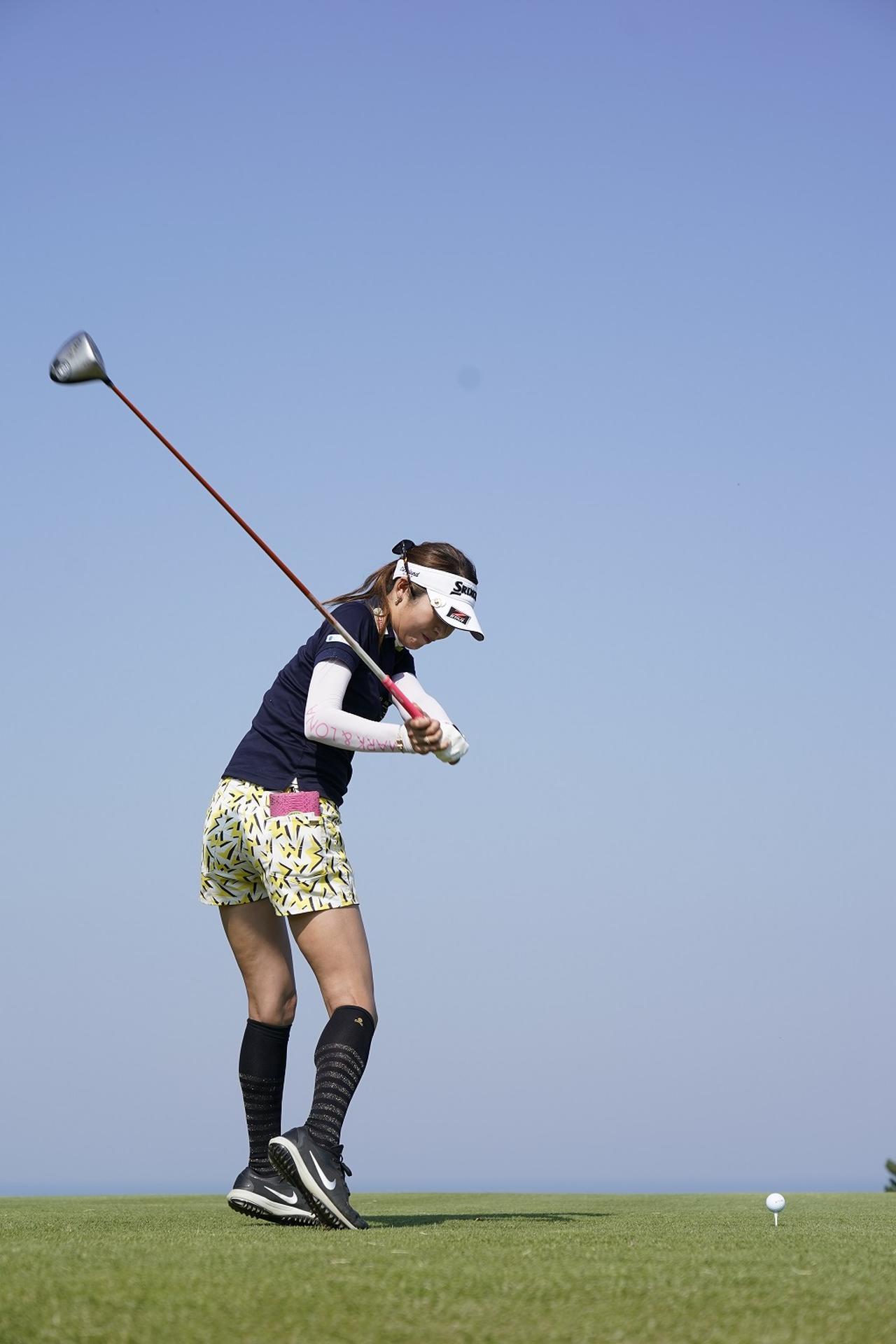 Images : 7番目の画像 - 金田久美子ドライバー後方連続写真 - みんなのゴルフダイジェスト