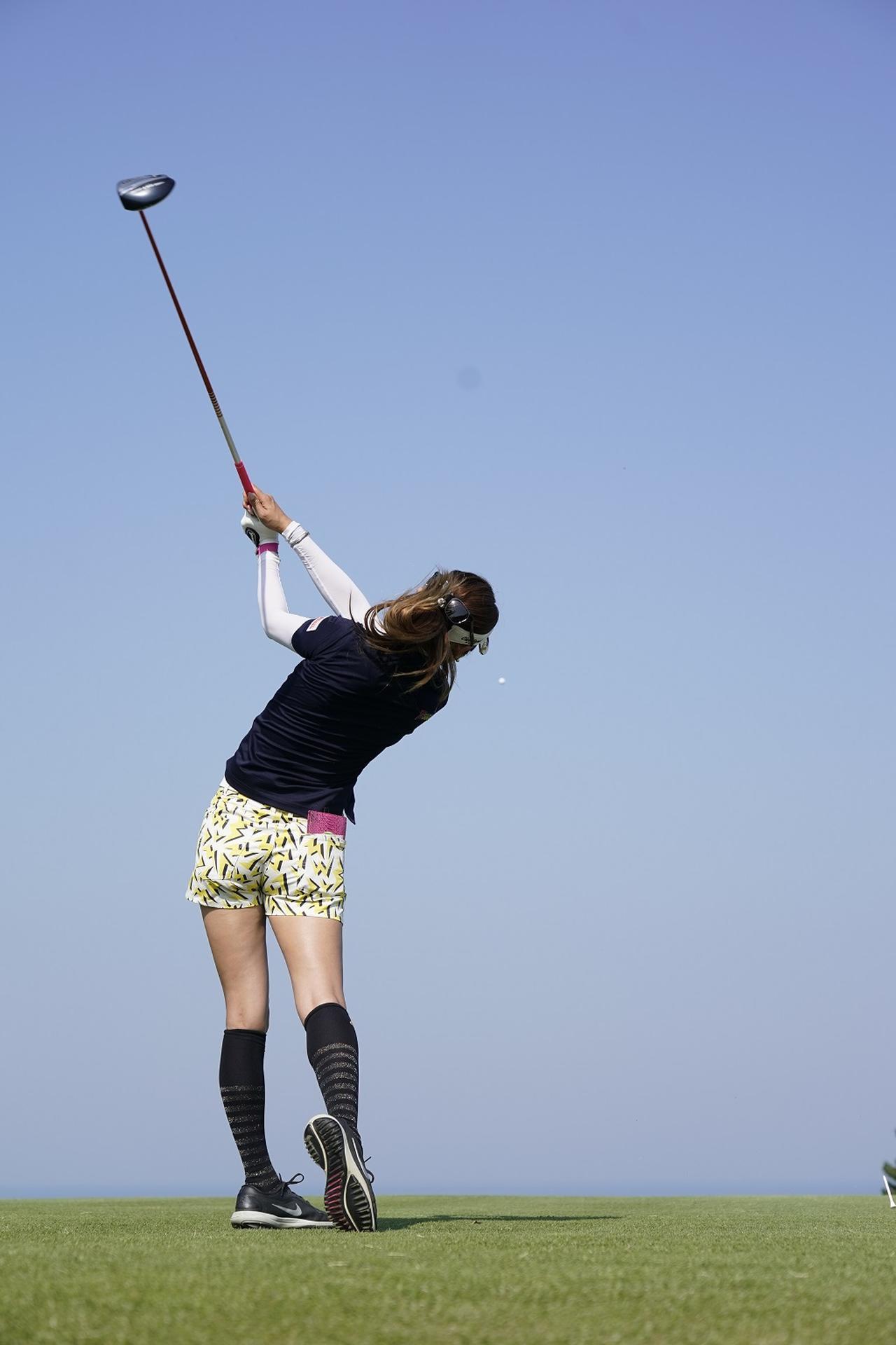 Images : 13番目の画像 - 金田久美子ドライバー後方連続写真 - みんなのゴルフダイジェスト