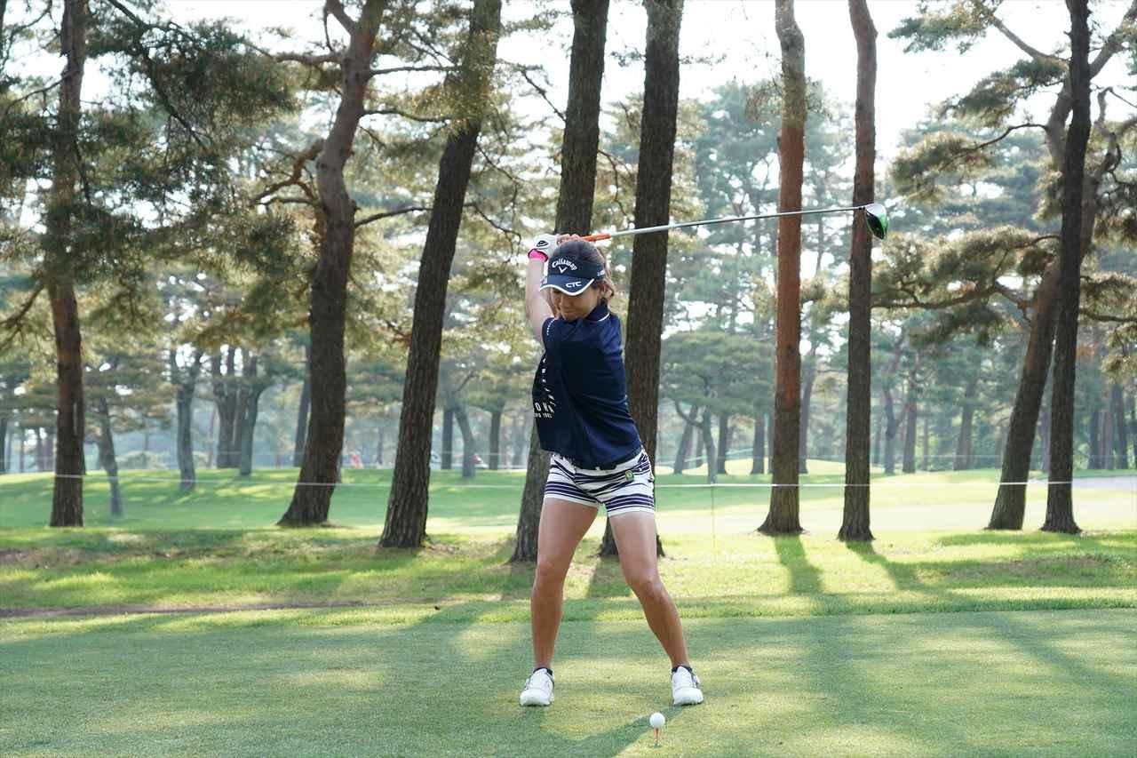Images : 6番目の画像 - 藤田光里ドライバー連続写真 - みんなのゴルフダイジェスト