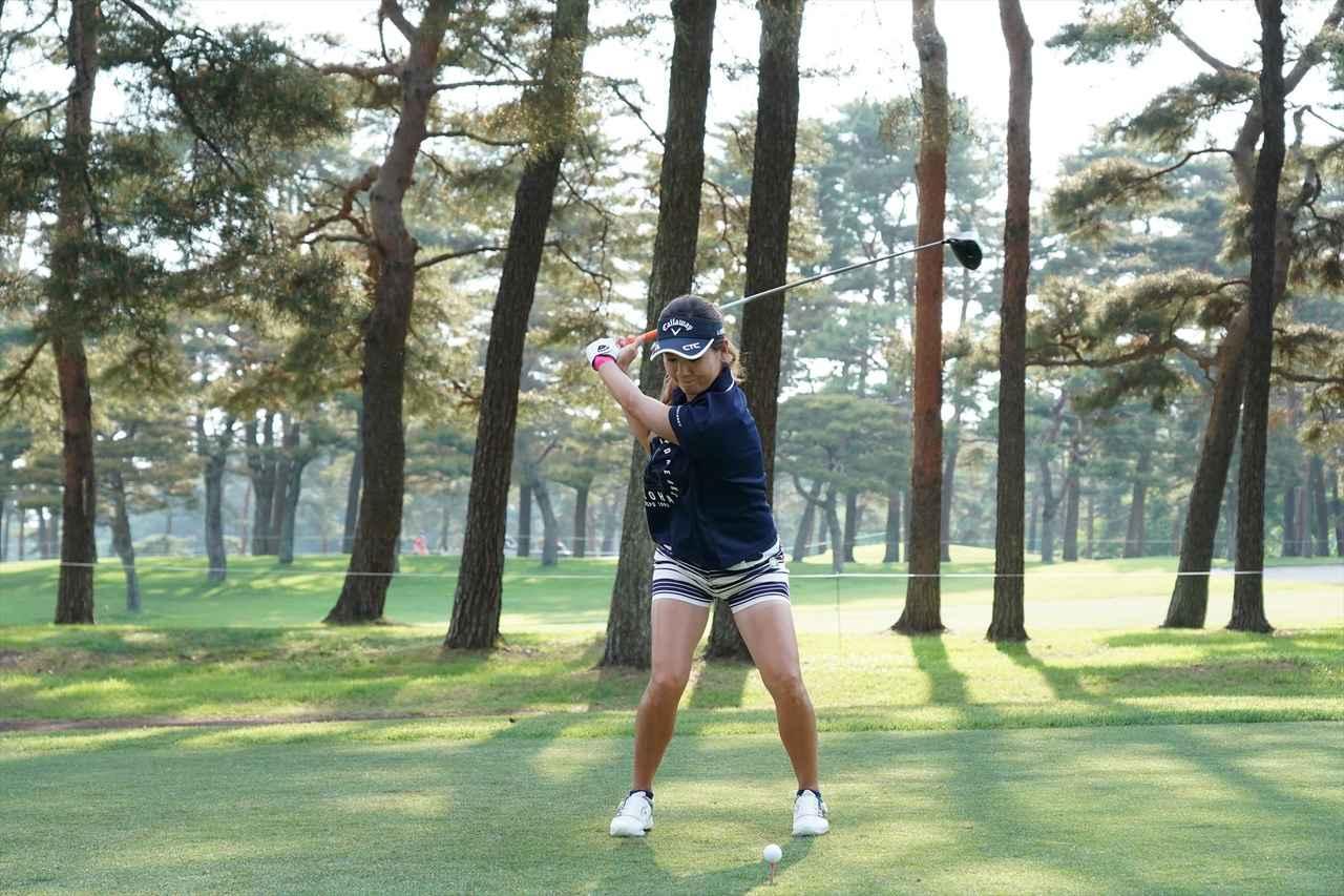 Images : 7番目の画像 - 藤田光里ドライバー連続写真 - みんなのゴルフダイジェスト