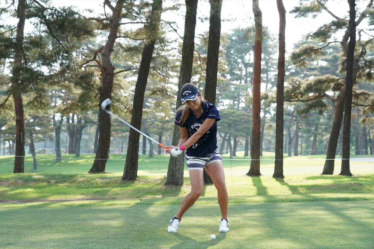 Images : 9番目の画像 - 藤田光里ドライバー連続写真 - みんなのゴルフダイジェスト