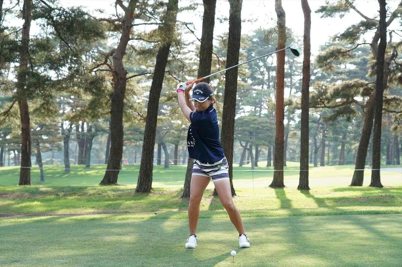 Images : 5番目の画像 - 藤田光里ドライバー連続写真 - みんなのゴルフダイジェスト