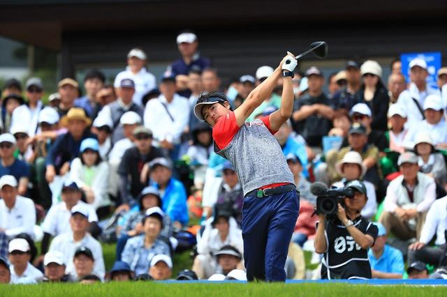 画像: 現在賞金ランク8位ながら、フェアウェイキープ率は137位の石川。ドライバーへの悩みは深い(写真/2018年の日本プロゴルフ選手権)