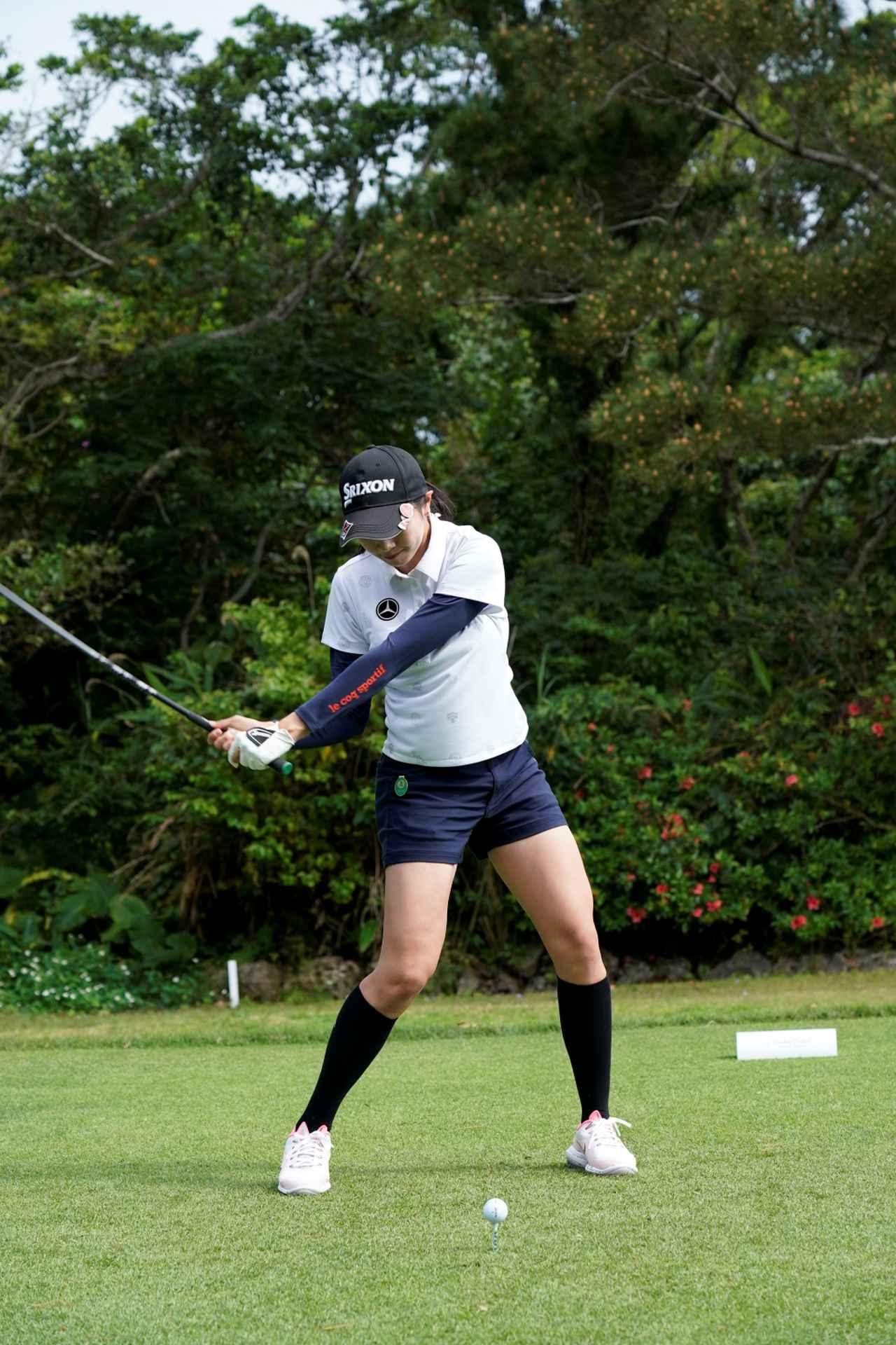 Images : 14番目の画像 - 三浦桃香のドライバー連続写真 - みんなのゴルフダイジェスト