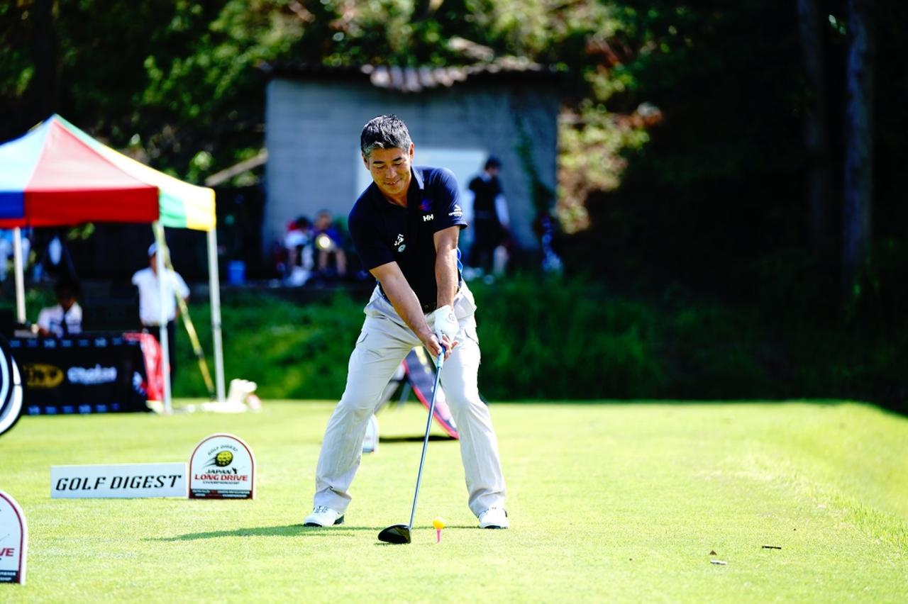 Images : 1番目の画像 - 白石康次郎のドライバー連続写真 - みんなのゴルフダイジェスト