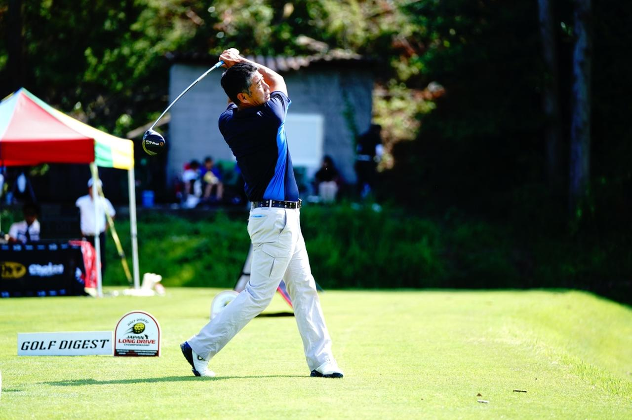Images : 17番目の画像 - 白石康次郎のドライバー連続写真 - みんなのゴルフダイジェスト
