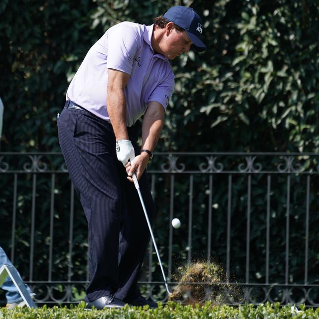 画像: キャロウェイの傑作ボール「クロム ソフト X」が、自由自在にボールを操るミケルソンのゴルフを支える