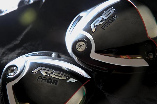 画像: これが小平の使うRSシリーズの最新バージョン。「RS F」はさらに飛ぶクラブへと進化している