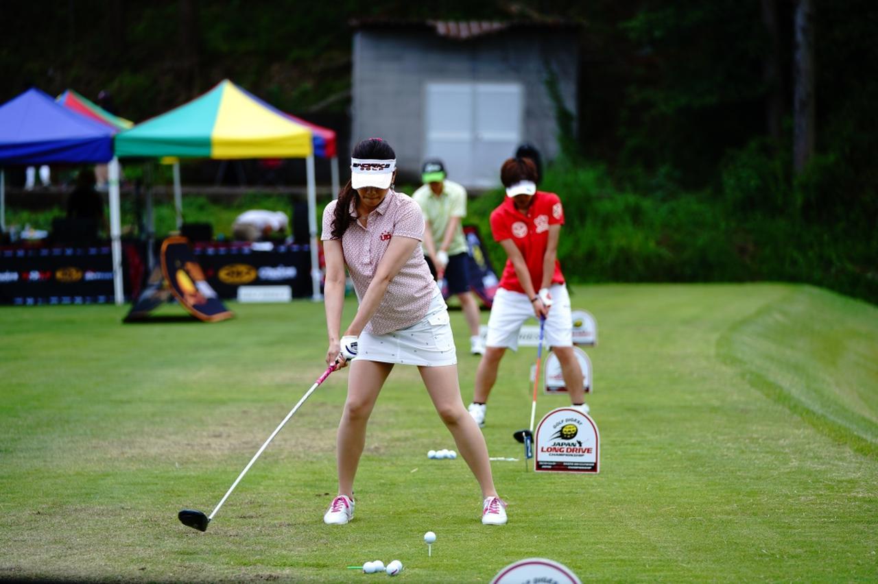 "Images : 2番目の画像 - ""日本一飛ばす受付嬢""林佳世子のドライバー連続写真 - みんなのゴルフダイジェスト"