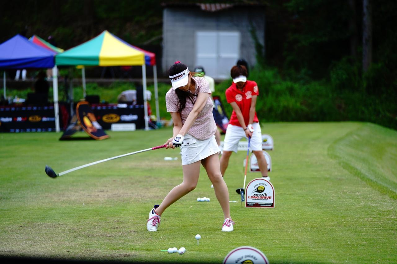 "Images : 12番目の画像 - ""日本一飛ばす受付嬢""林佳世子のドライバー連続写真 - みんなのゴルフダイジェスト"