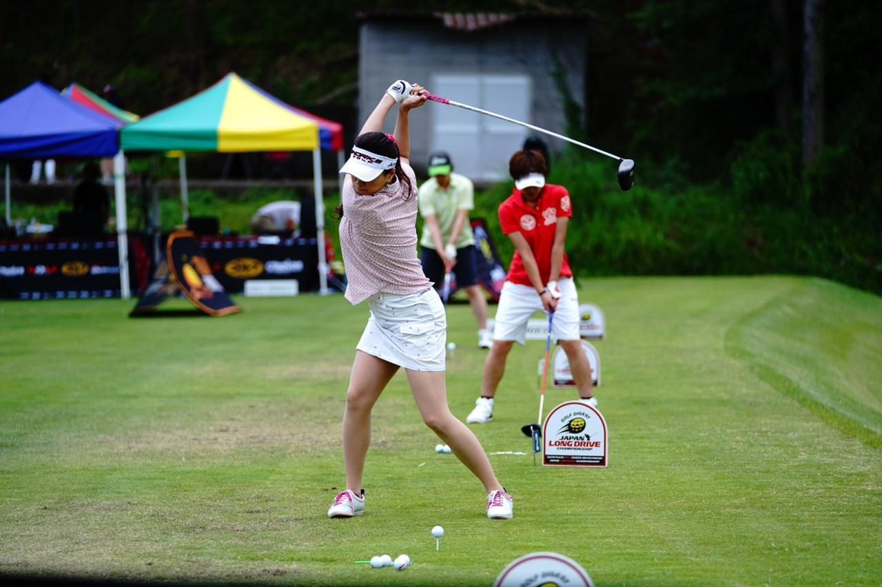 "Images : 7番目の画像 - ""日本一飛ばす受付嬢""林佳世子のドライバー連続写真 - みんなのゴルフダイジェスト"
