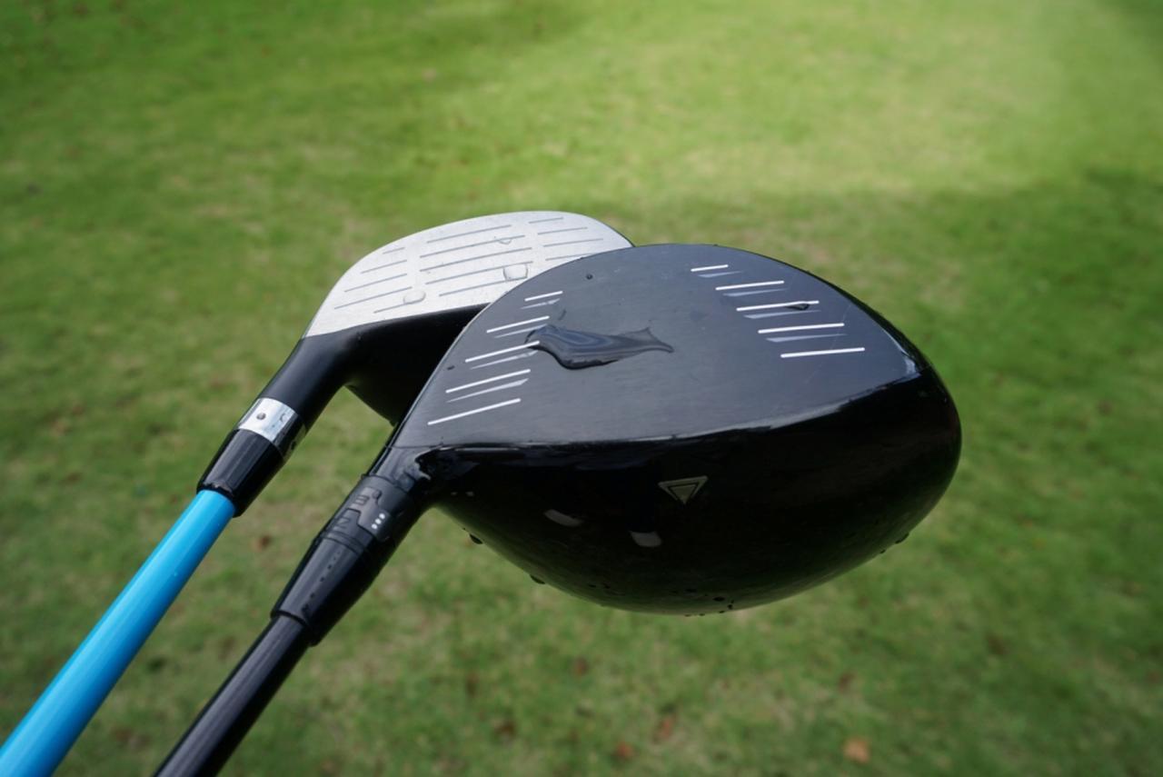 画像: 実験に使ったクラブ。ドライバーには打球面には溝はなし。FWにはしっかり溝がある。