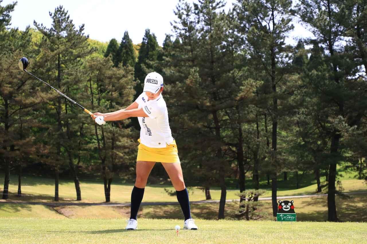 Images : 4番目の画像 - 原江里菜のドライバー連続写真 - みんなのゴルフダイジェスト
