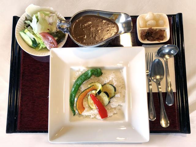 画像: 夏野菜カレー(武蔵野産野菜を使用)1200円
