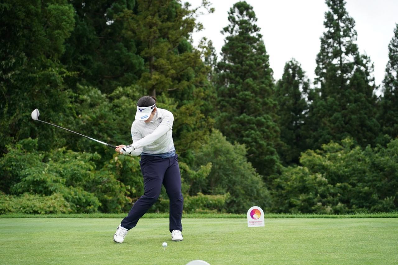 画像 : 11番目の画像 - 川岸史果のドライバー連続写真 - みんなのゴルフダイジェスト
