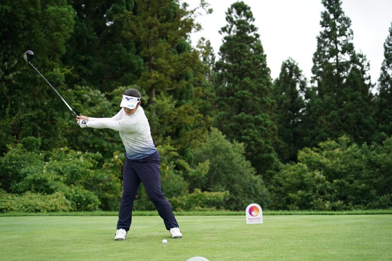 画像 : 3番目の画像 - 川岸史果のドライバー連続写真 - みんなのゴルフダイジェスト