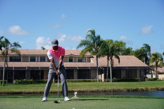 画像: 1番目の画像 - タイガー・ウッズのドライバー連続写真 - みんなのゴルフダイジェスト