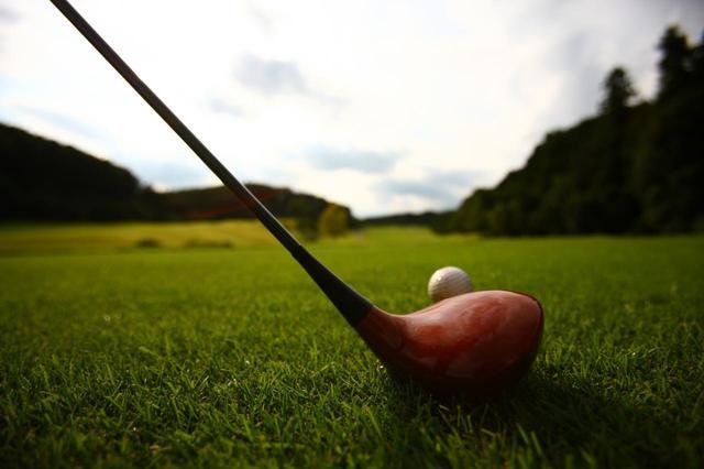 画像: クラブはゴルフをしていた頃のものでオッケー。久しぶりにコースに出てみよう!