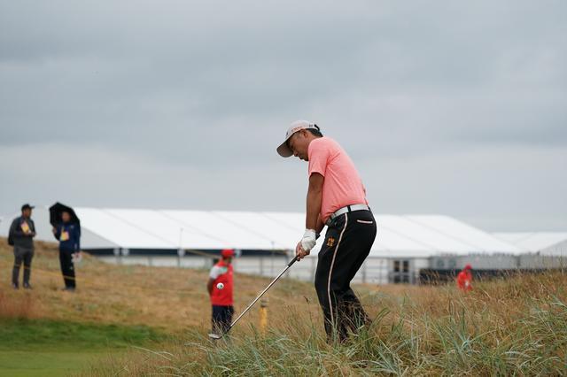 画像: グリーン周りからのアプローチは、多くの選手がとくに入念に練習していた