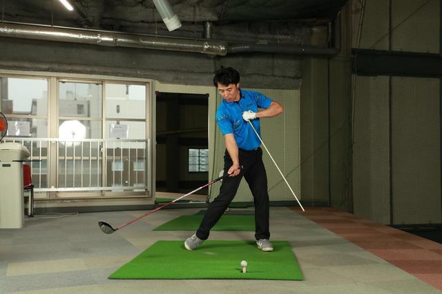 画像: 素振りドリルを実践して正しいうねりの動きを覚えよう!