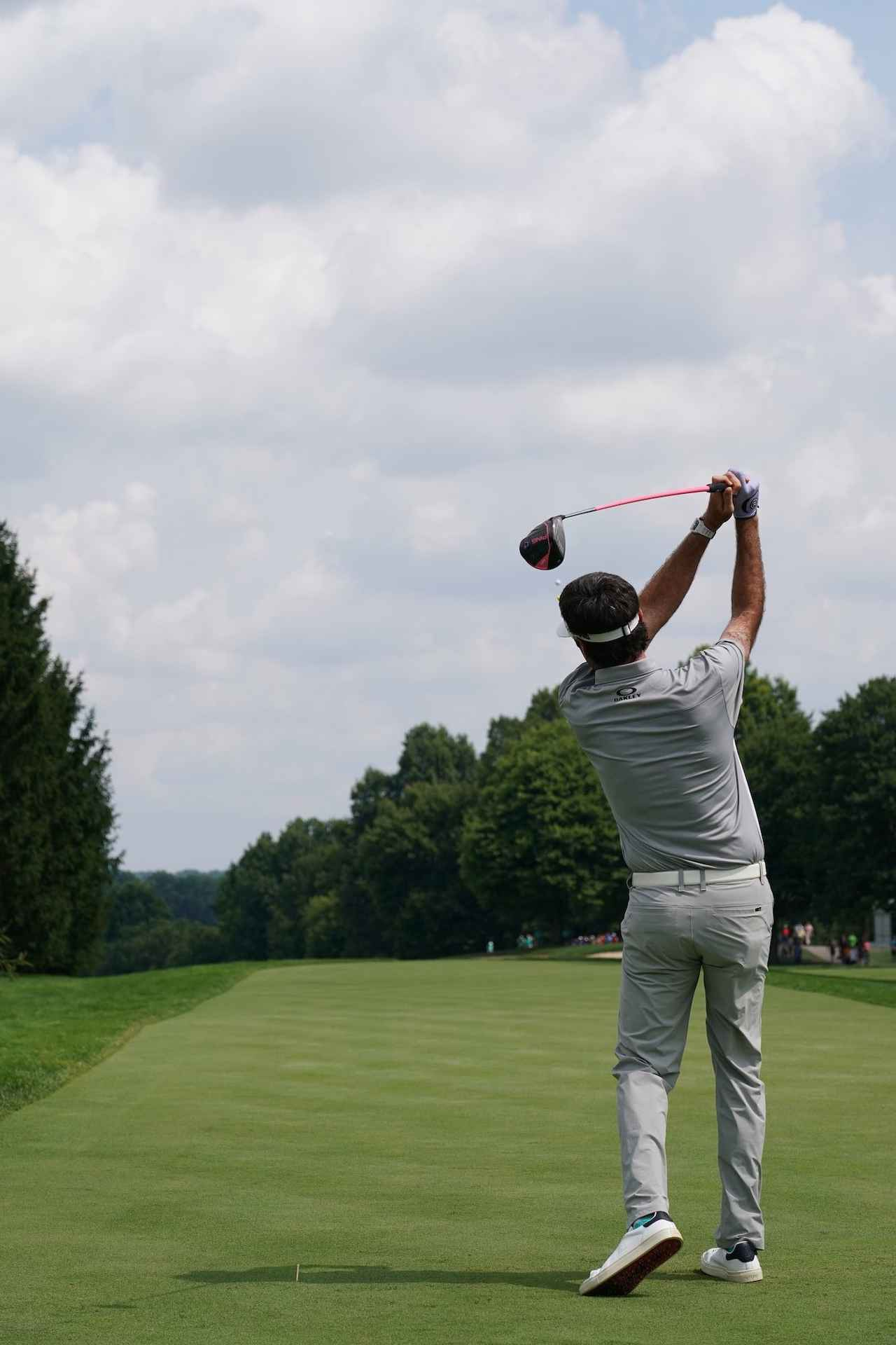Images : 21番目の画像 - 強烈! バッバ・ワトソンのドライバーショット - みんなのゴルフダイジェスト