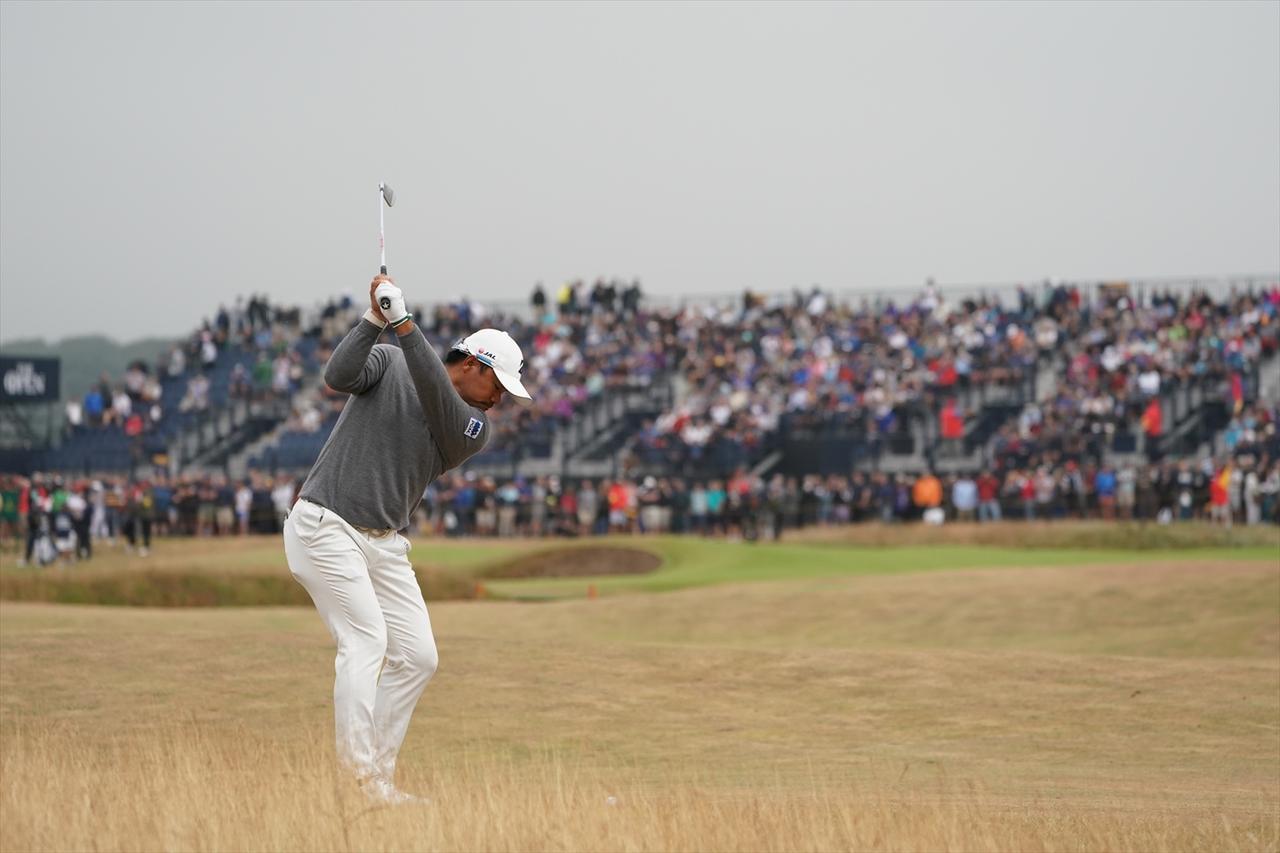 Images : 5番目の画像 - 宮里優作のアイアンショット連続写真 - みんなのゴルフダイジェスト