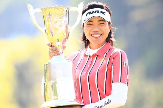 画像: 大山志保、永峰咲希は2018年のツアーで優勝。ゴルフどころ・宮崎の意地を見せた(写真/2018年ヨネックスレディス 撮影/大澤進二)