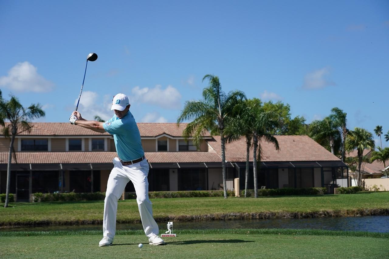 Images : 5番目の画像 - ブラント・スネデカーのドライバー連続写真 - みんなのゴルフダイジェスト