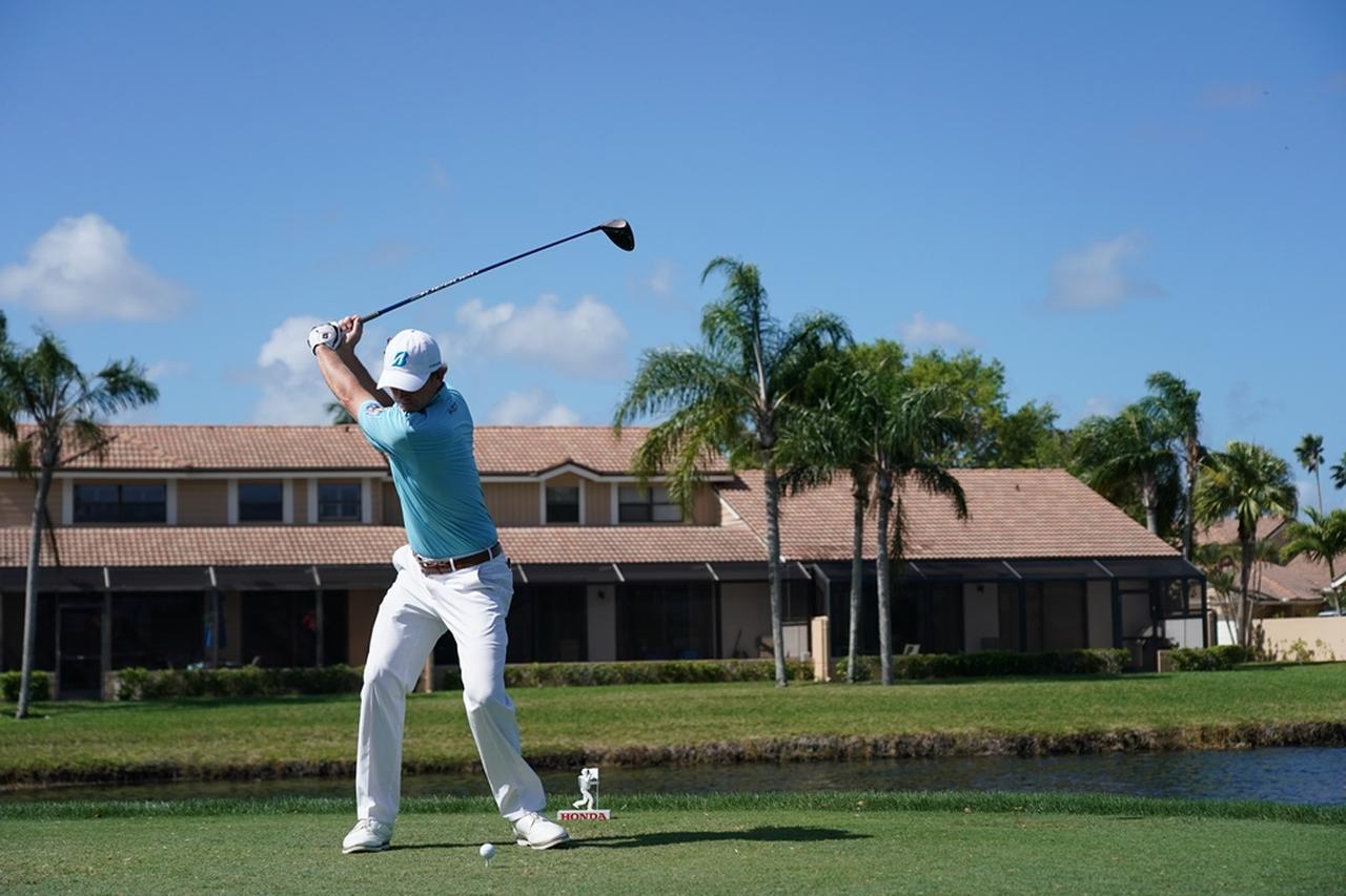 Images : 6番目の画像 - ブラント・スネデカーのドライバー連続写真 - みんなのゴルフダイジェスト