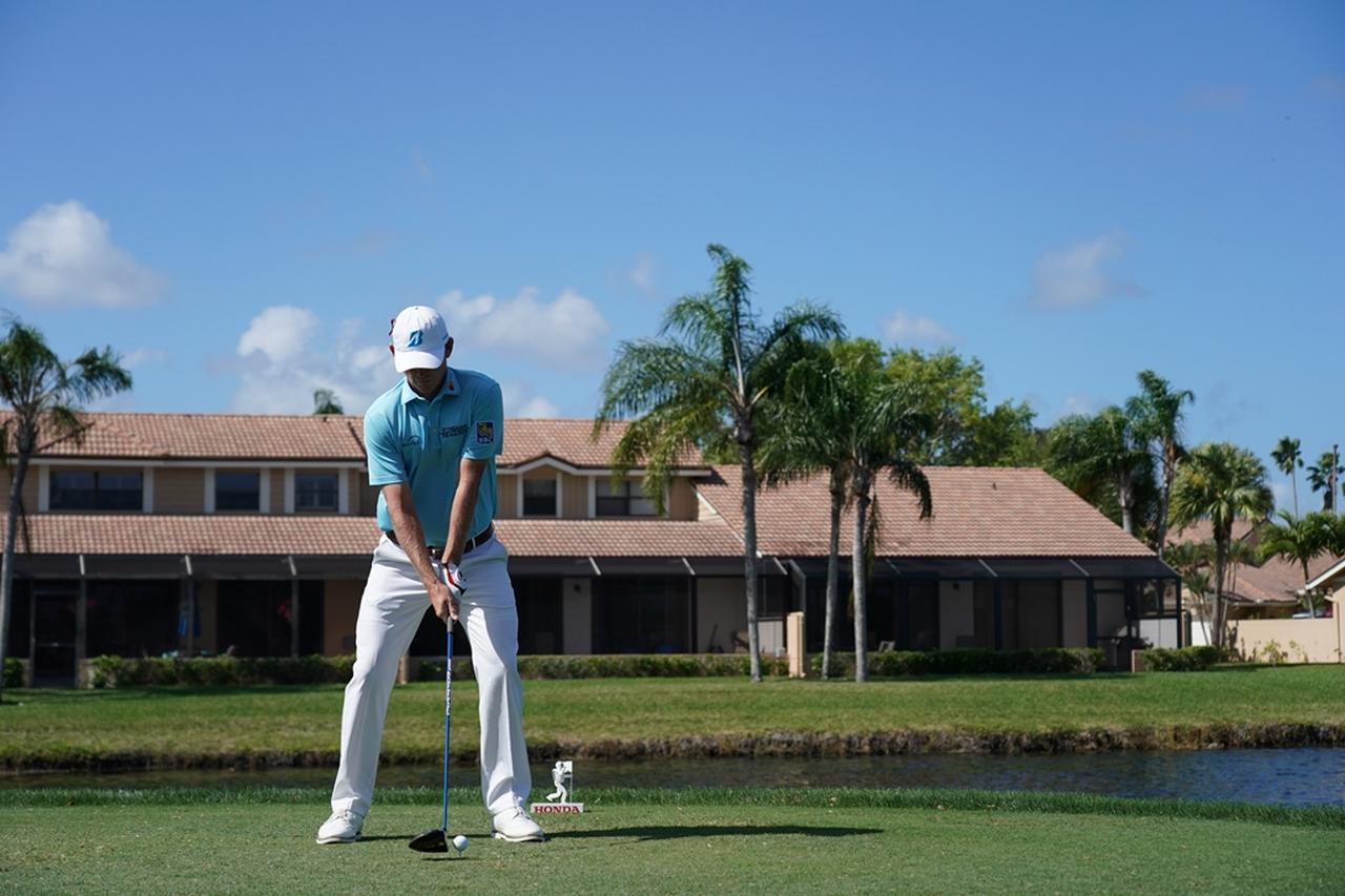 Images : 1番目の画像 - ブラント・スネデカーのドライバー連続写真 - みんなのゴルフダイジェスト