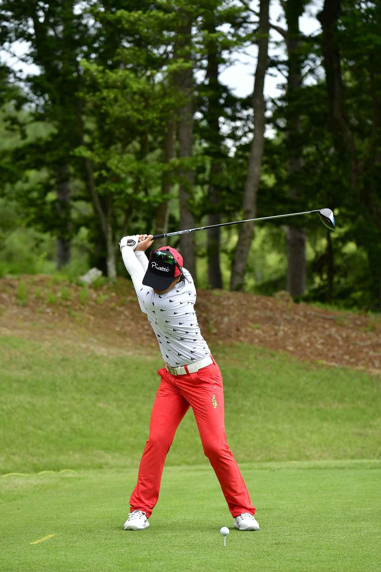 画像 : 3番目の画像 - 笹生優花のドライバー連続写真 - みんなのゴルフダイジェスト