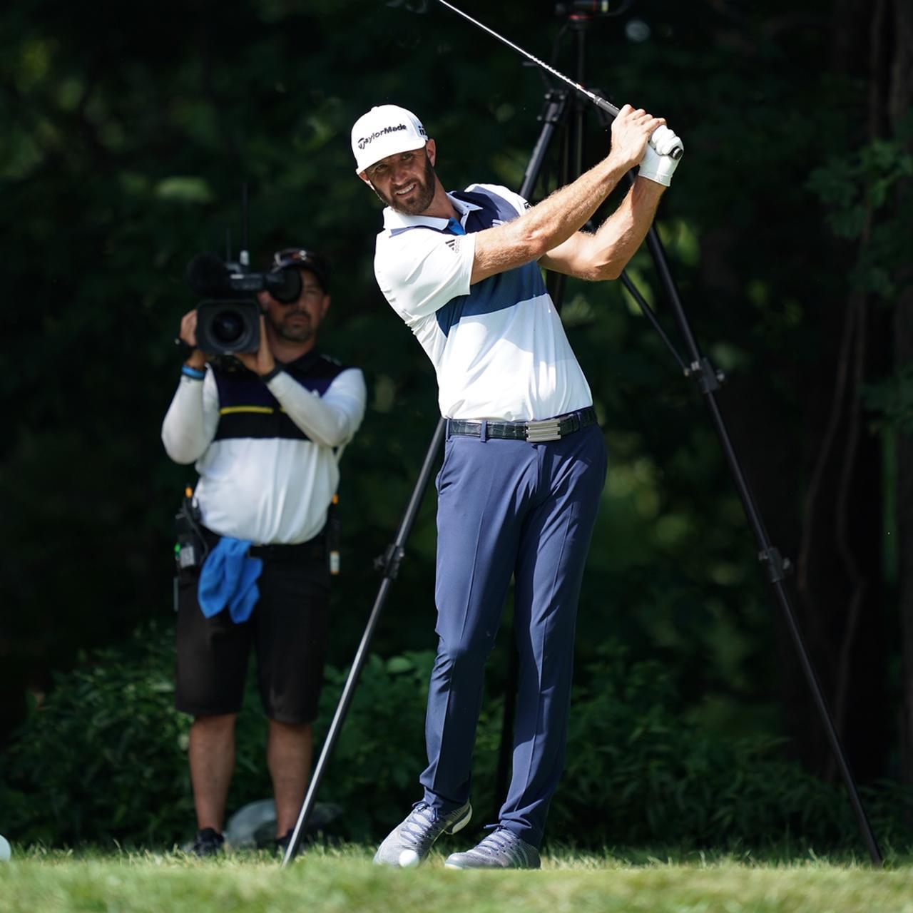 画像: プロもショット前に「自分用のチェックポイント」を確認している(写真は2018年の全米プロゴルフ選手権)