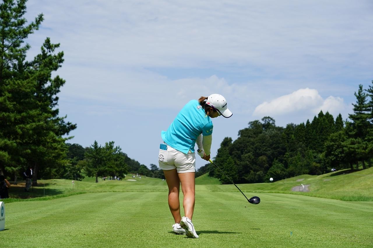 Images : 15番目の画像 - 大江香織のドライバー連続写真 - みんなのゴルフダイジェスト