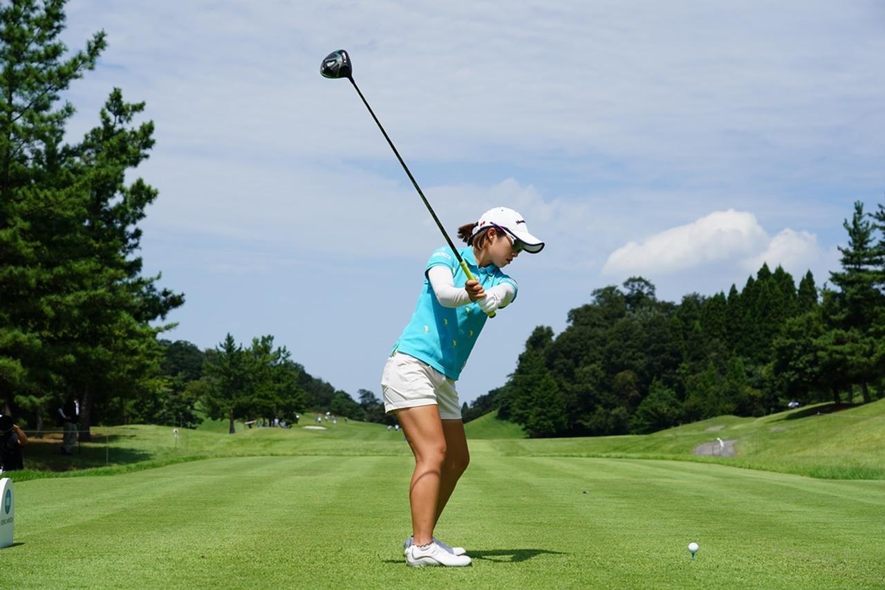 Images : 4番目の画像 - 大江香織のドライバー連続写真 - みんなのゴルフダイジェスト